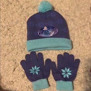 🌈4/$25🌈 NWOT Frozen Winter Hat & Glove Set